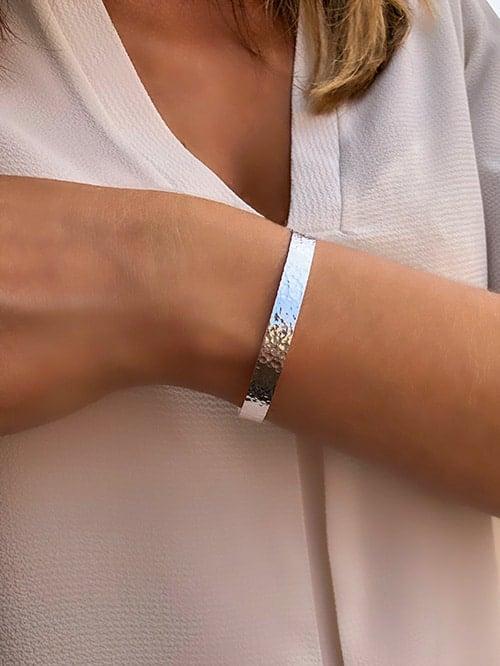 bracelet jonc ouvert martelé argent 925grammes.com