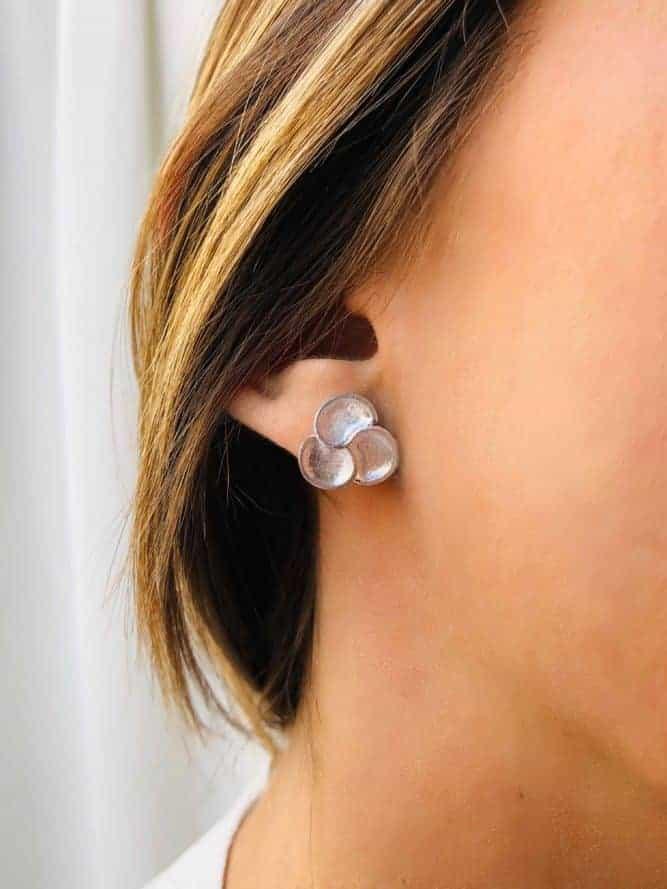 boucles d'oreilles fleur mate argent 925grammes.com